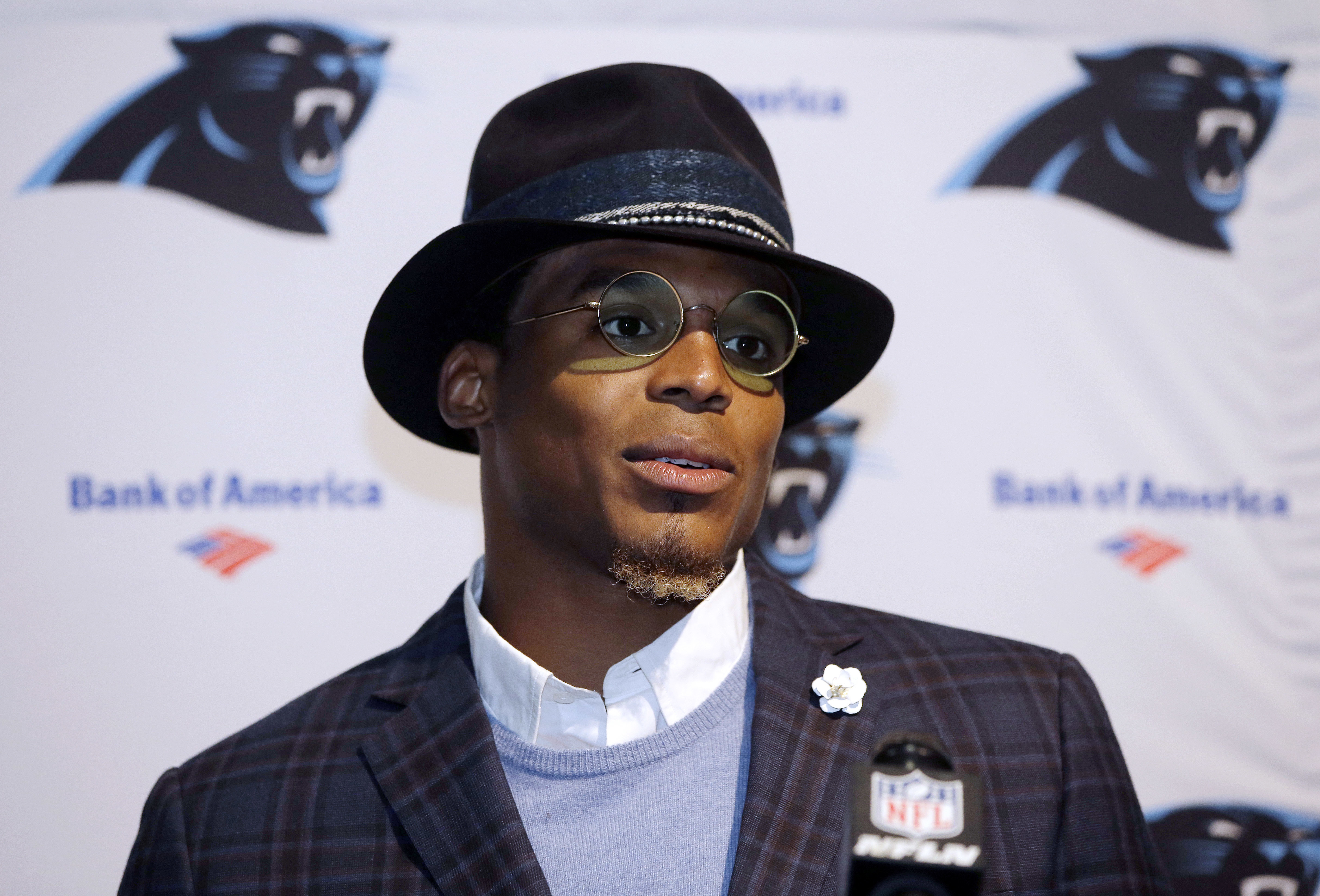 Patriots Cam Newton Works Out With Popular, Surprisingly